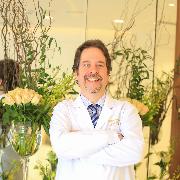 Leandro junqueira | Plastic surgeon